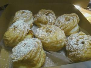 St Joseph's ..eating lots of ZEPPOLE!