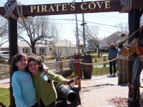 Our first trip to the Cape in April!  TOO CHILLY for this bird! lol