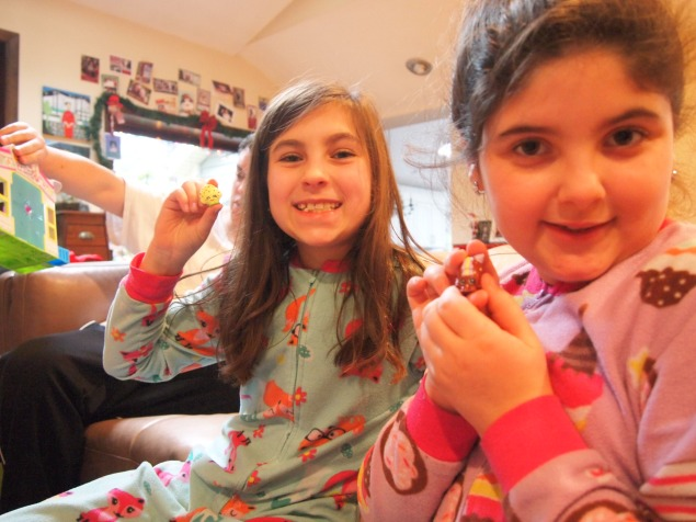 The girls got so many wonderful gifts from Santa! and Mamma n Dad!
