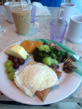 My breakfast when we went to the buffet. I tried to not pig out so bad early..i said I tried. haha Notice my trusty iced latte in the left corner. YUM!