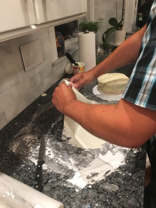 Making marshmallow fondant