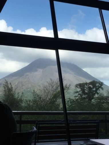 My youngest and I waiting in the cafe and almost saw the whole volcano!