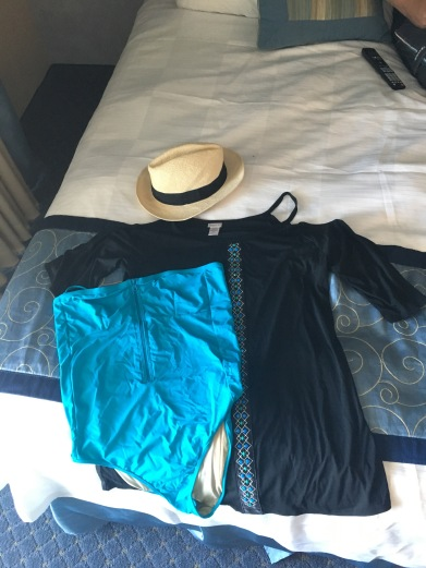OOTD when we got to the resort! Bathing suit/Swim cover