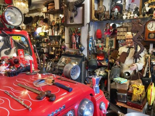 Fun vintage shop