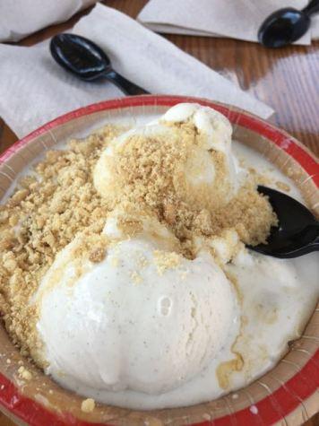 Apple Pie ice cream sundae