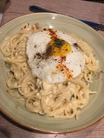 Lobster spaghetti carbonara w an egg