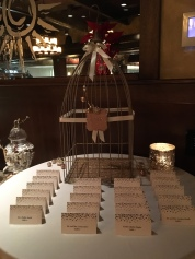 Birdcage card holder set up