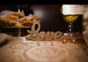I got these cute glittery elements for the table.. here is LOVE