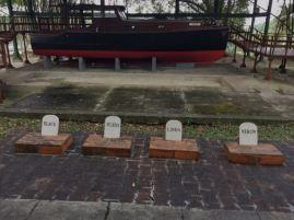 Hemingway's Cat cemetery