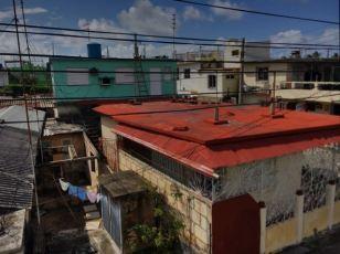 Varadero House tops
