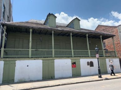 623 Dumaine St, another Anne Rice house inspiration for Interview with the Vampire.
