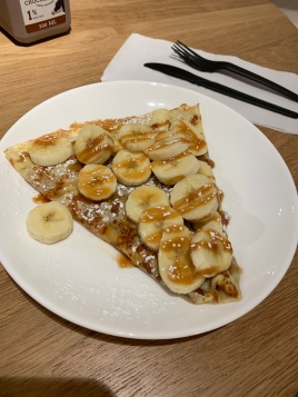 salted caramel and banana crepe