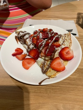 Nutella and strawberry crepe
