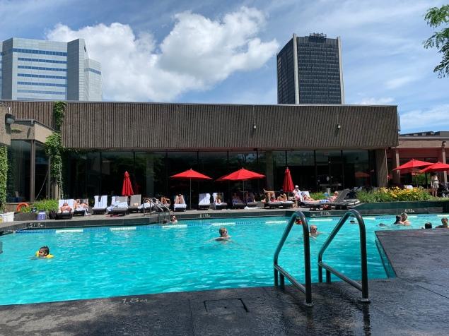 Bonaventure Hotel Pool