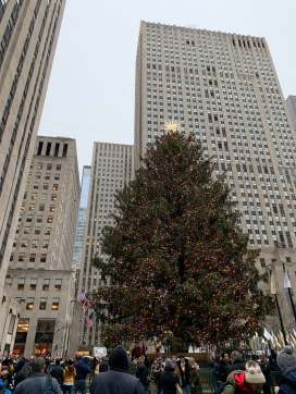 Rockefeller Center in the daytime